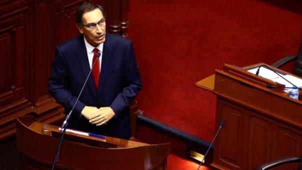 Martín Vizcarra en el Pleno del Congreso.
