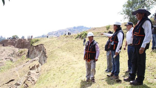 Deslizamiento de tierra cerro Llushcapampa