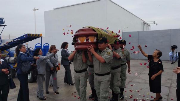 Asesinan a trabajadora del INPE de dos balazos en la cabeza — SJL