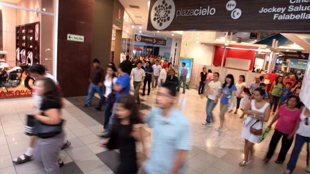 En ese periodo, Lima tuvo su mayor caída en 8 años, disminuyendo 5%, mientras que provincias cayó 3%.