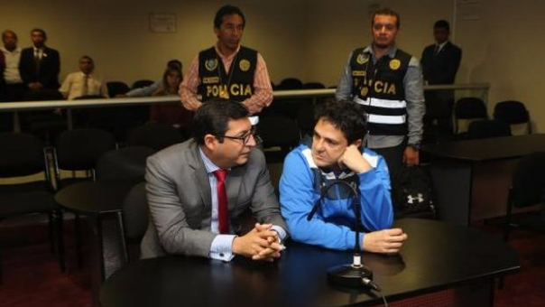 Durante la intervención de Zaragozá su vivienda fue allanada para las investigaciones.