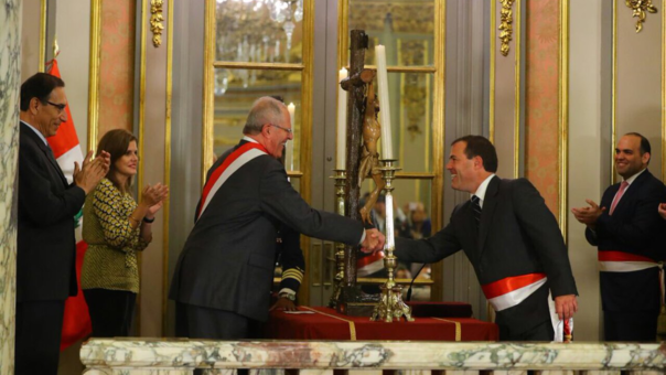 Bruno Giuffra y Pedro Olaechea juraron como ministros