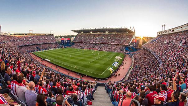 Cuauhtémoc Blanco despide al Vicente Calderón en juego de Leyendas