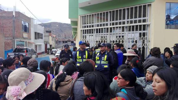 Protesta en Ugel Tarma