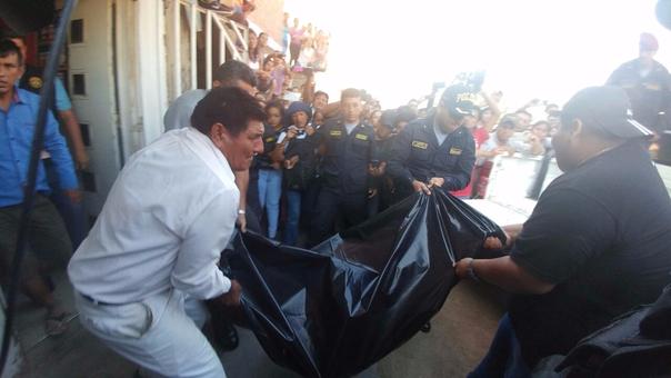 Los familiares acusan a Chozo Neira de asesinar a Janeth Calderón Chávez de 40 años y a sus hijos.