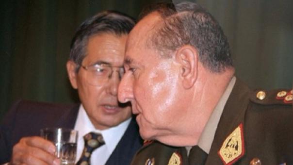 Alberto Fujimori y el general Nicolás Hermoza Ríos.