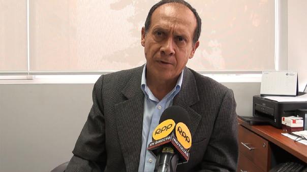 José Távara, profesor de Economía de la PUCP.