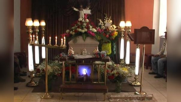 El cadáver de la joven madre de familia fue llevado desde la morgue central de Cajamarca hasta el distrito de Jesús