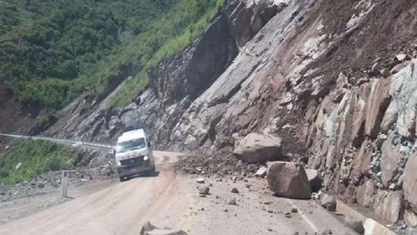 Deslizamiento en carretera de Bagua.