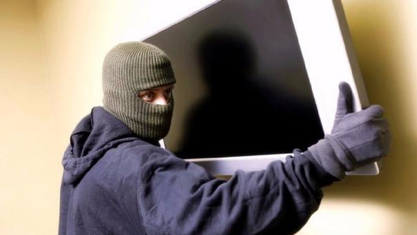 Nueve de cada diez robos a viviendas ocurren cuando los dueños no están