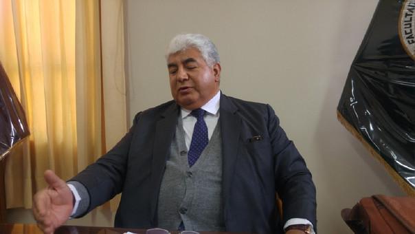 Contralor Alarcón negó haber obtenido su título de forma fraudulenta — PERÚ