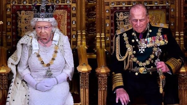 La reina Isabel II y el Príncipa Felipe de Edimburgo, el rey consorte, se casaron en 1947. La entonces princesa se convirtió en reina en 1952.