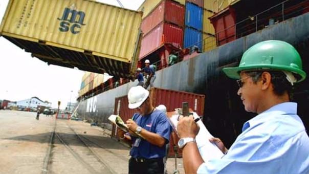 Según Adex 1,240 empresas dejaron de exportar entre enero y abril, siendo los sectores más afectados: textil - confecciones, metal mecánica, químico y siderúrgico.