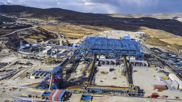 Perú es un importante productor mundial de metales y sus exportaciones equivalen al 60 por ciento de los envíos totales.