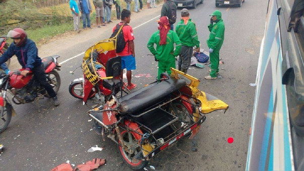 La joven que iba como pasajera falleció instantáneamente tras el accidente.