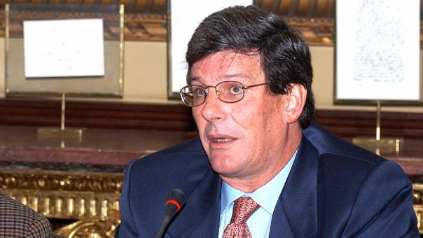 Rafael Rey también fue exministro de Defensa.