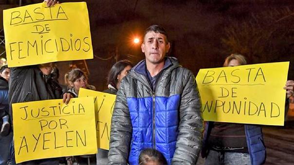 Los familiares de Ayelén Roldán exigen justicia.