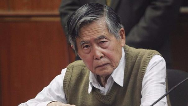 Alberto Fujimori fue condenado a 25 años de prisión por ser hallado como autor intelectual de asesinatos, secuestro y lesiones graves, en 2009.