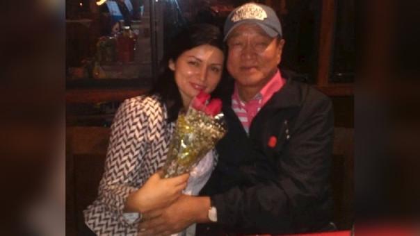 Alcalde koreano y su pareja