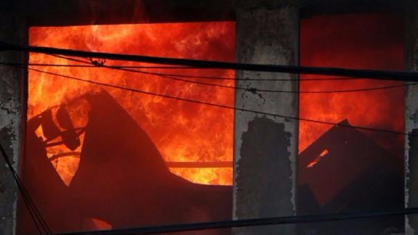 El incendio en Las Malvinas dejó dos muertos.