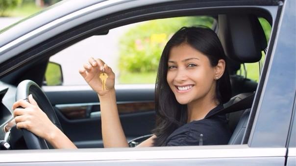 Conoce tus deberes y derechos al comprar un auto