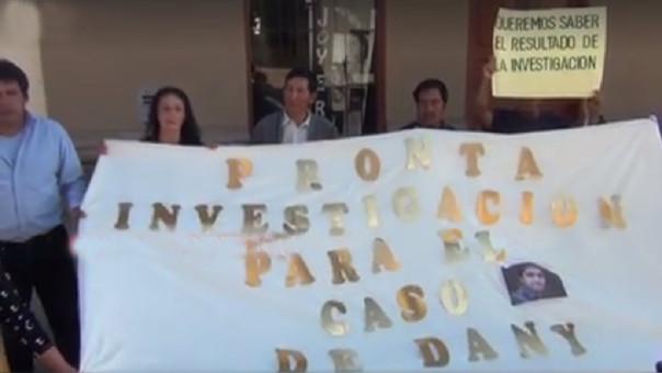 El docente Daniel Castañeda fue hallado colgado en la víspera al Día del Maestro