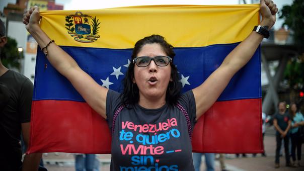 Trump amenaza a Venezuela con sanciones si hay Constituyente