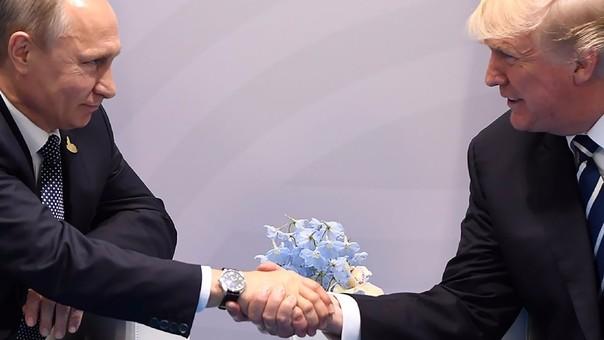 La relación entre Trump y Putin está en la mira por la supuesta ayuda que le dio el Gobierno ruso a la campaña presidencial del republicano.