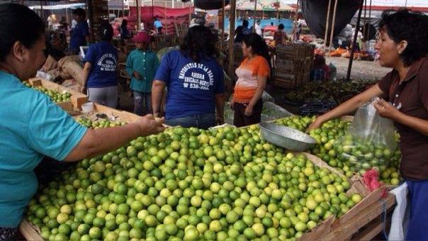 El limón de alta calidad que se usa en las cebicherias es el que menos está llegando y es el que cuesta más, según el ministerio.