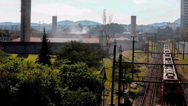 Un motín genera incendio en una penitenciaría de Brasil.