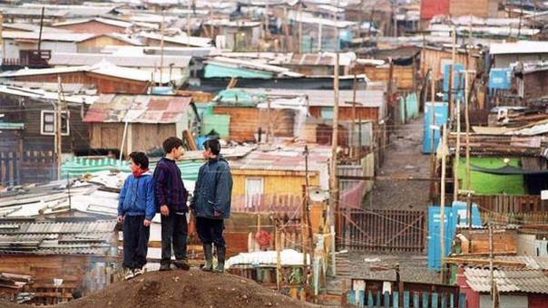 Quinta parte de población chilena concentra 72% de la riqueza, señala estudio