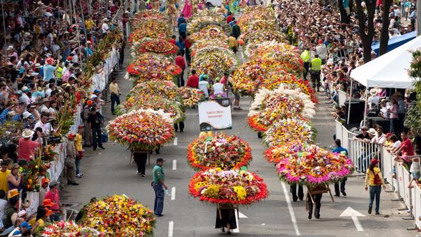 La Feria de las Flores y el desfile de los 'silleteros'.