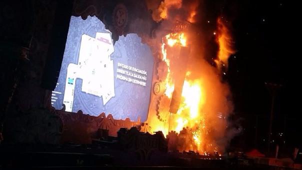 El fuego consumió la cuarta parte del escenario.