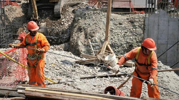 El sector Construcción subiría en junio, estima el INEI.