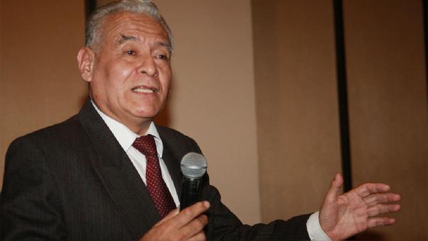 Aurelio Ochoa cuestiona demora en devolución de aportes del Gasoducto Sur.