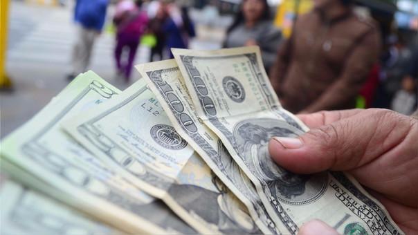 El precio del dólar podría seguir cayendo en los próximos meses.