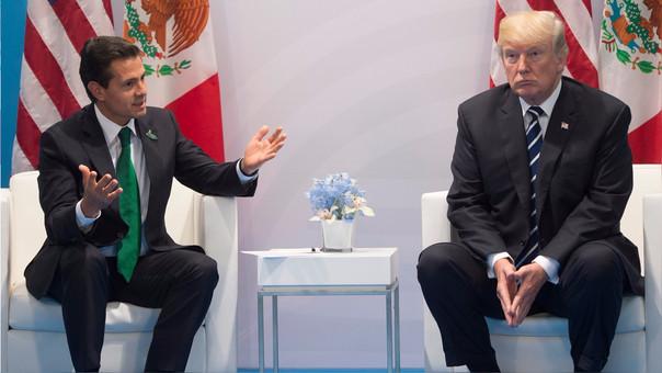 Donald Trump durante una reunión con Peña Nieto en el G-20.