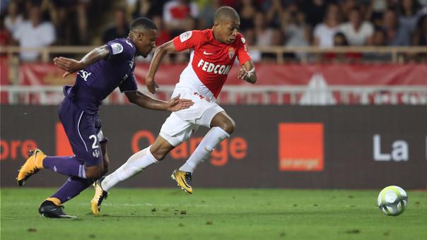 Real Madrid presentó una oferta de 180 millones de euros por Kylian Mbappé, pero el Mónaco la rechazó.