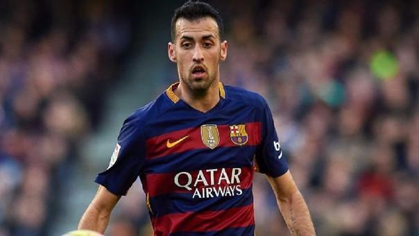 Sergio Busquets debutó en el fútbol profesional con la camiseta del Barcelona.