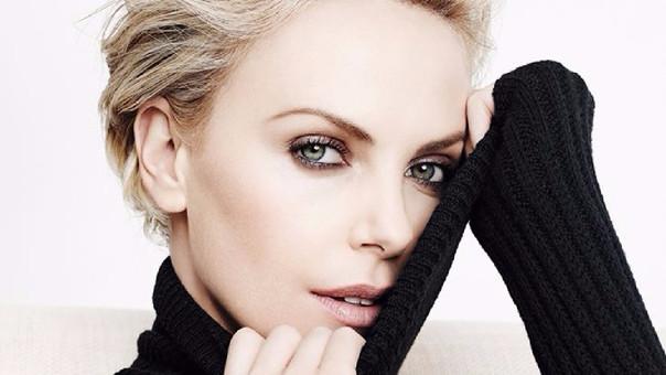 Este 07 de agosto, la actriz Charlize Theron cumple 42 años en medio de una fructífera carrera.
