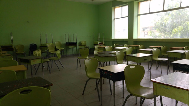 Decano de profesores de Piura, Willian Bayona indica que el 70% de las instituciones no tienen clases.