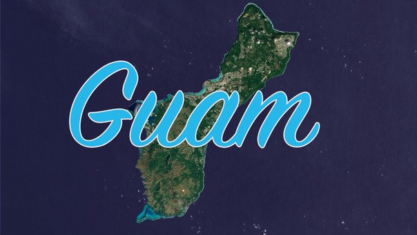 Las Fuerzas Armadas estadounidenses son el mayor empleador en la isla. Tiene apenas 549 km2.