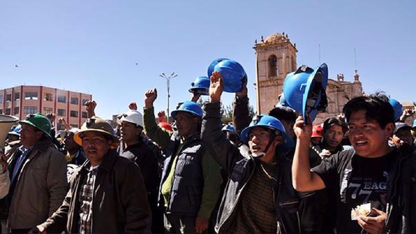 Formalización de mineros en Arequipa.