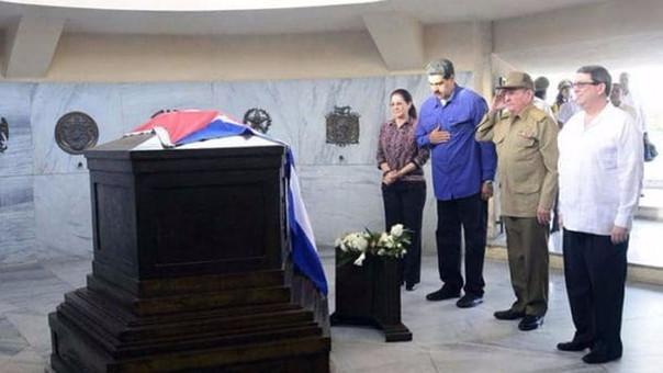 Las relaciones entre Cuba y Venezuela son muy estrechas, tanto económica como políticamente.