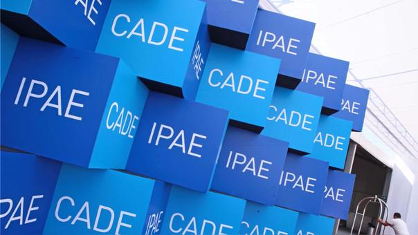 Se tiene previsto que clausure el foro CADE, el Presidente de la República, Pedro Pablo Kuczynski.