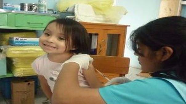Niños serán vacunados contra la tos ferina.