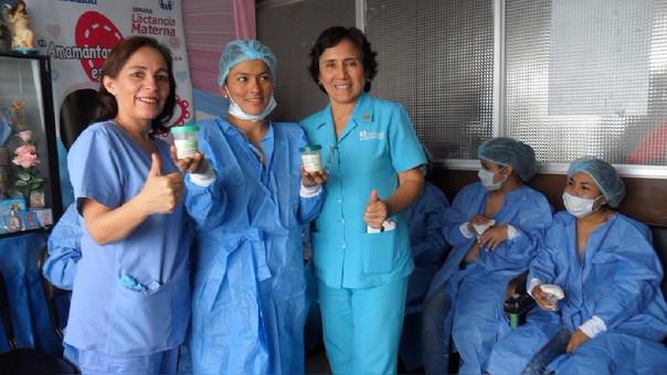 Lactancia materna en Almanzor Aguinaga
