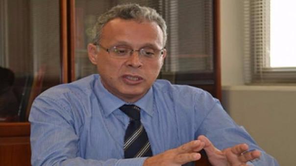 Orrego fue jefe de la Dirección General de Control y Supervisión del Ministerio de Transporte y Comunicaciones.