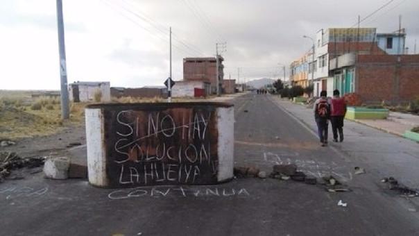 Padres de familia de Zepita y Desaguadero piden que culmine huelga del Sutep.