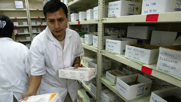 Importaciones de medicinas se incrementarán en 8% por reconstrucción nacional, estima Julian Lockett, presidente de Tecnosalud.